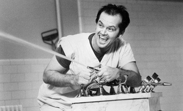 Mielisairaalaan sijoittuva Yksi lensi yli käenpesä -elokuva teki Jack Nicholsonista tähden.