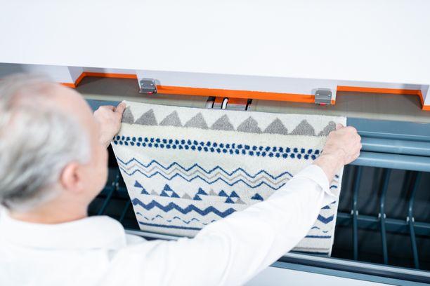 Tasopesukoneella peseminen on helppoa ja siistiä. 24 PESULA