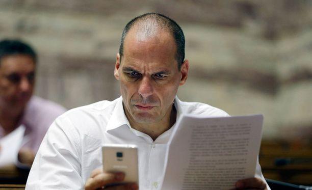 Varoufakis avautuu virheistään, mutta syyttää myös troikkaa.
