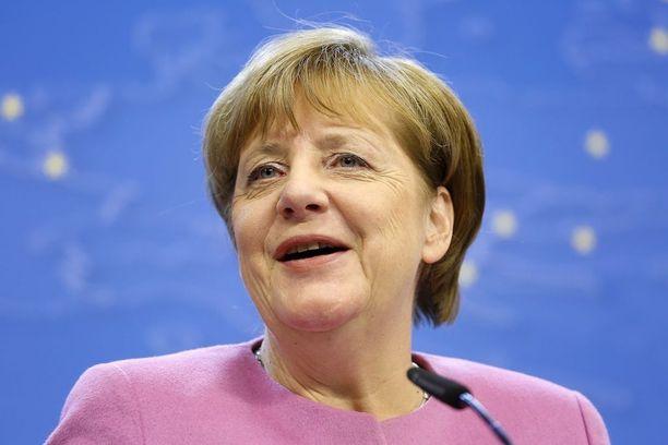 Angela Merkel saapuu Trumpin vieraaksi perjantaina. Tapaamisesta odotetaan erittäin latautunutta.