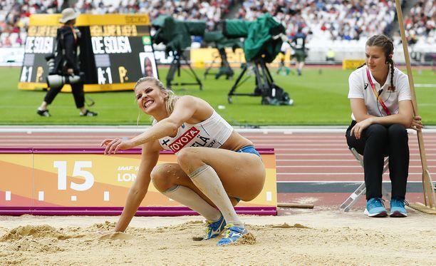 Kolmiloikkaaja Kristiina Mäkelä edusti Suomea viime kesänä Lontoon MM-kisoissa.