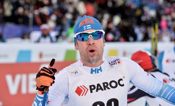 Lari Lehtonen löi ällikällä miesten skiathlonissa.