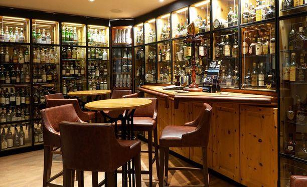 Hotellin viskibaari on nimeltään Devil's Place. Tarjolla on 2 500 erilaista tislettä.
