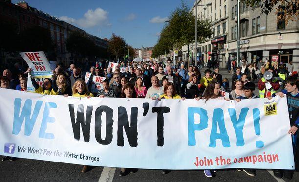 Kymmenet tuhannet ihmiset ilmaisivat Dublinissa mieltään viikonloppuna.