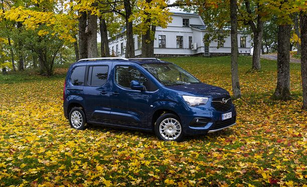 Opel Combo Lifen saa myös 7-paikkaisena noin tuhannen euron lisähintaan.
