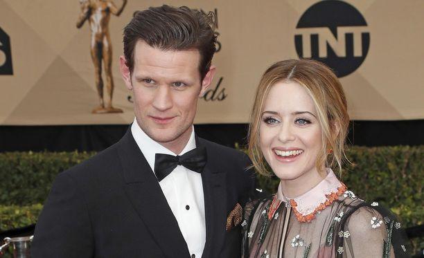 Claire Foyn palkan vähyys on suututtanut Netflix-hittisarjan fanit.