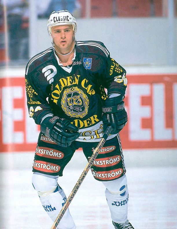 Toivo Suursoo pelasi TPS-paidassa kaudet 1996-98.
