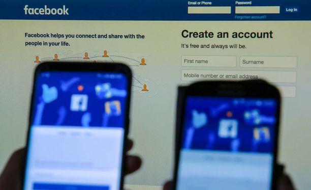 Cambridge Analytica olisi käyttänyt jopa 87 miljoonan Facebook-käyttäjän tietoja väärin.