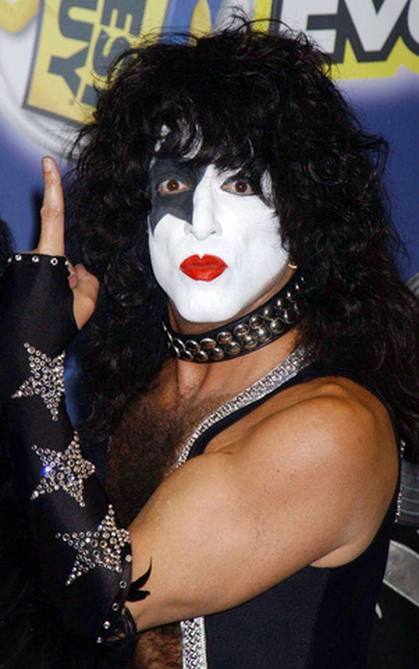 Ikä alkaa tehdä tepposiaan Kissin Paul Stanleylle. Myös Ozzy Osbourne joutui hiljattain piipahtamaan sairaalassa.