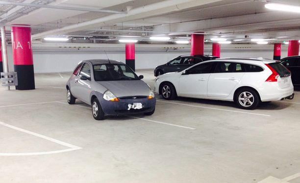 Iso auto vaatii ison tilan?