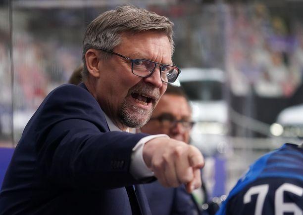 Jukka Jalonen käskee Leijonia jatkossakin.