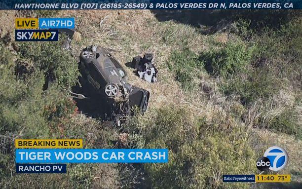 Woodsin auto oli jopa kymmenien metrien päässä tieltä.