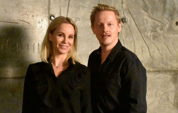 Sofia Helin näyttelee Sillassa Sagaa ja Thure Lindhardt Henrikiä.