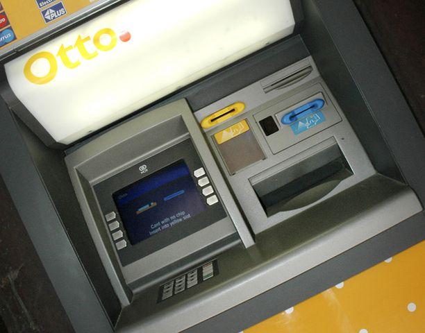 Mainokset näkyvät automaatilla asioinnin lopuksi.