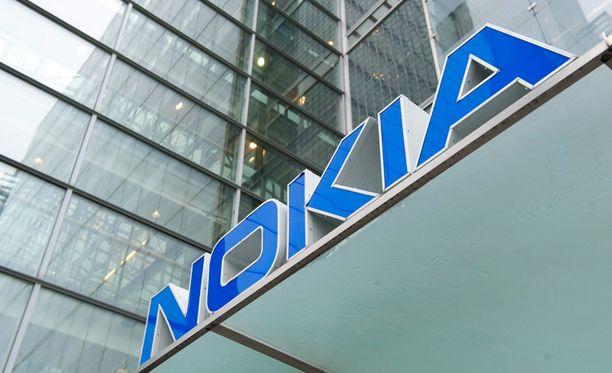 Nokia ja Microsoft ilmoittivat viime vuoden syyskuussa Microsoftin ostavan Nokian matkapuhelinliiketoiminnan.