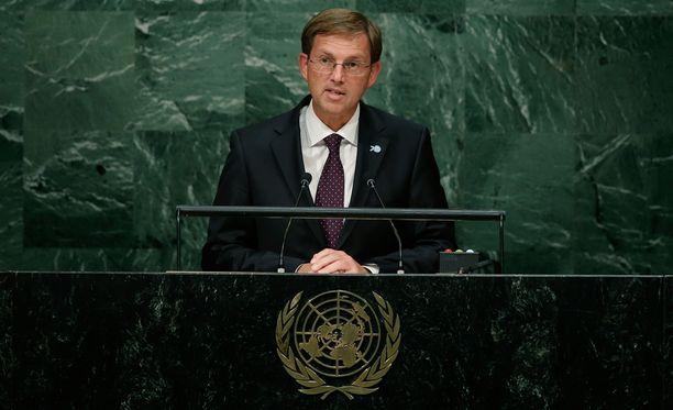 Slovenian pääministeri Miro Cerar varoitti EU:n ja Euroopan hajoamisesta. Kuva syyskuun lopulta, kun Cerar oli puhumassa YK:n päämajassa.