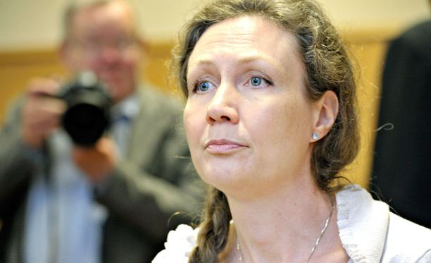 Anneli Auer vaatii seksuaalirikostuomionsa kumoamista.