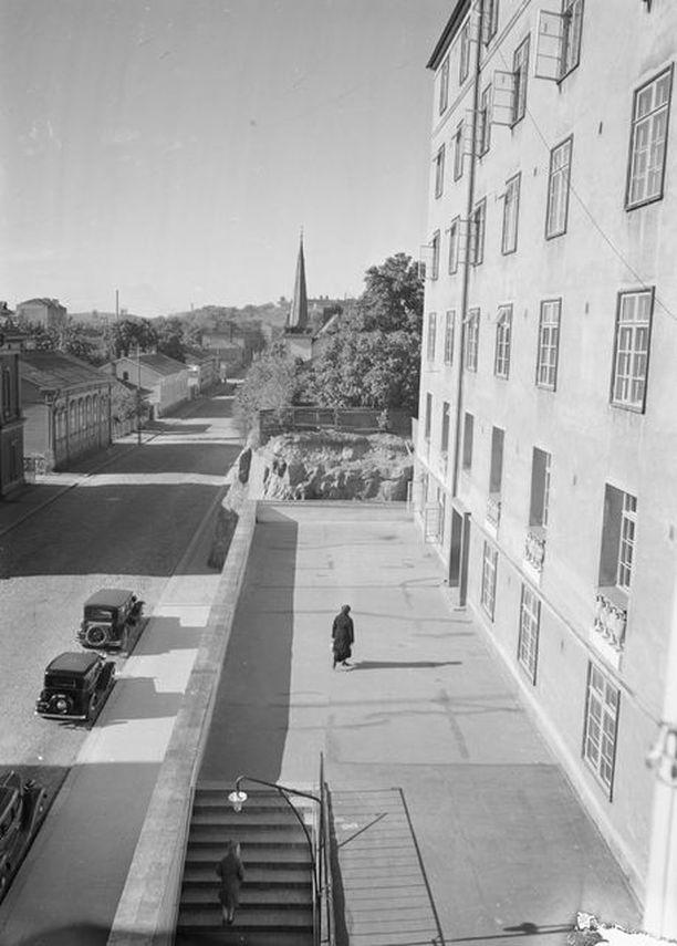 Vuonna 1936 Seurahuoneen rakennus hallitsi maisemaa.