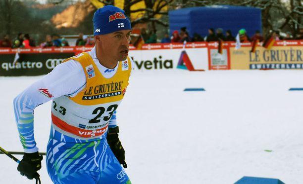 Perttu Hyvärinen pelkäsi kuolemaa tiistaina Oberstdorfissa.