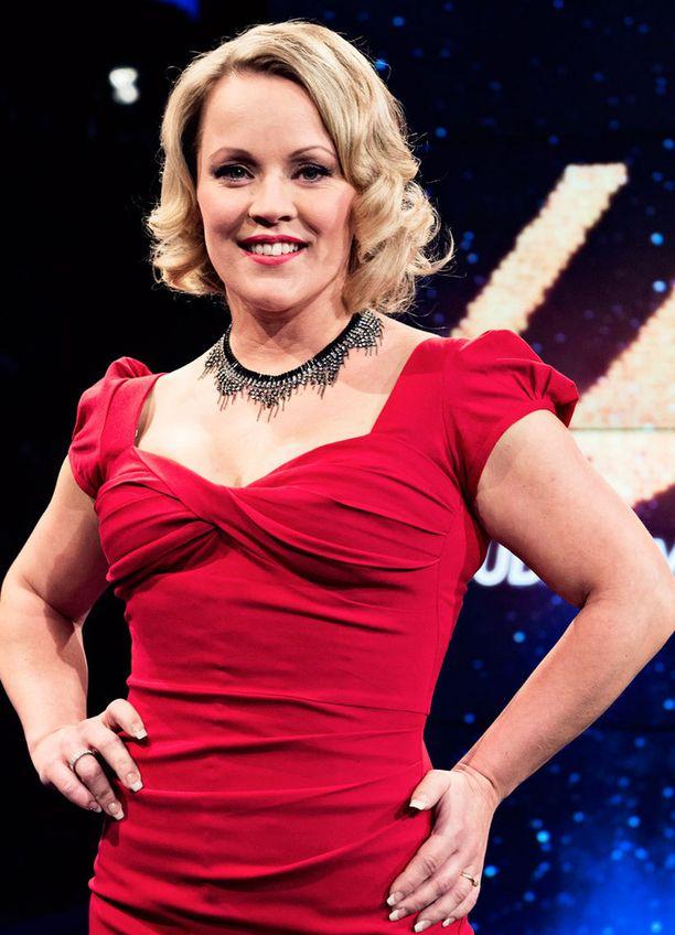 Vuoden 2013 tangokuningatar Heidi Pakarinen on yksi ehdokkaista.