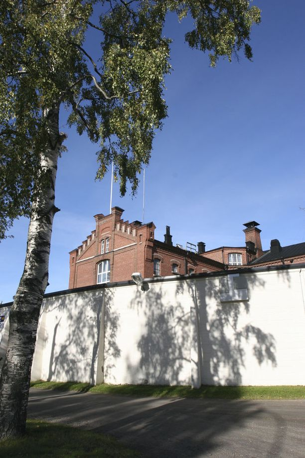 Oululaismies sai ehdottoman vankeusrangaistus, mutta hän ei joudu heti Oulun vankilaan. Hänellä on mahdollisuus hakea muutosta hovioikeudesta.