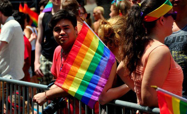 Pride-paraatiin osallistujia New Yorkissa.