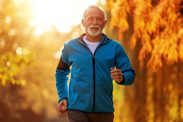 Sydänsairaalle hyviä liikuntamuotoja ovat kestävyyslajit kuten kävely ja hölkkä.