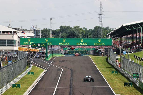 Lewis Hamilton oli ainoa kuski Unkarin GP:n lähtöruudukossa.