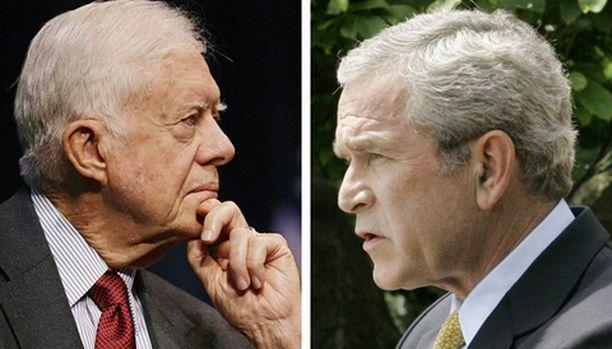 Jimmy Carter suomi kovasanaisesti sekä George W. Bushia että Tony Blairia Irakin sodasta.