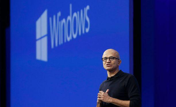 Microsoftin toimitusjohtaja Satya Nadella esitteli uutta selainta Build-tapahtumassa.