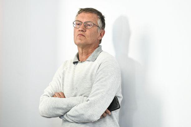 Ruotsin valtionepidemiologi Anders Tegnell kuvattuna tiedotustilaisuudessa torstaina.
