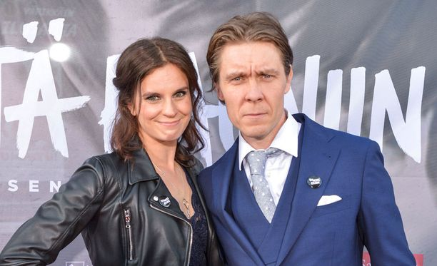 Elokuvan ohjannut Tuukka Temonen ja hänen vaimonsa Olga kiinnittivät koko omaisuutensa Apulanta-elokuvaa varten.