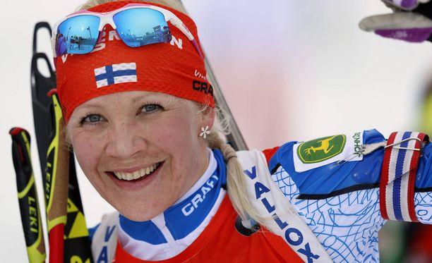 Kaisa Mäkäräinen iloitsi Kontiolahden saamasta maailmancupin osakilpailusta.
