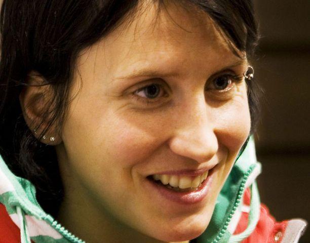 Marit Björgen on maailmancupin kokonaiskilpailussa kolmantena.