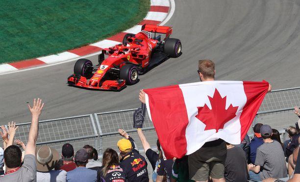 Sebastian Vettel nappasi kauden neljännen ja koko uransa 54. paalupaikan.