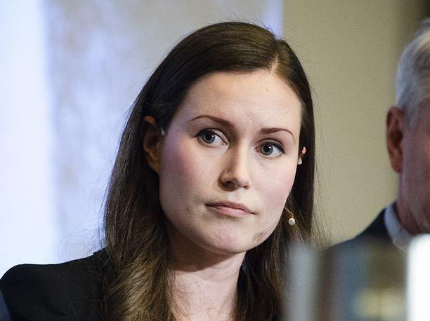 SDP:n varapuheenjohtaja Sanna Marin saa äänestyskäyttäytymisestään kritiikkiä.