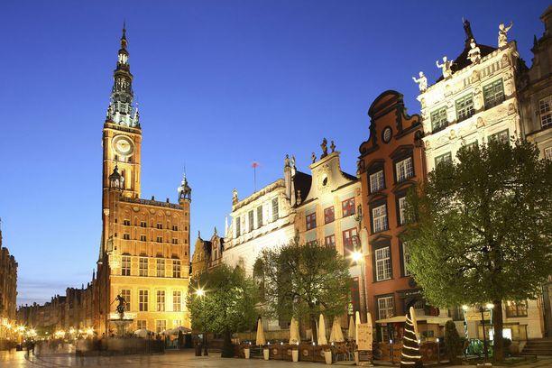 Dugi Targ -tori on Gdanskin vanhankaupungin sydän.