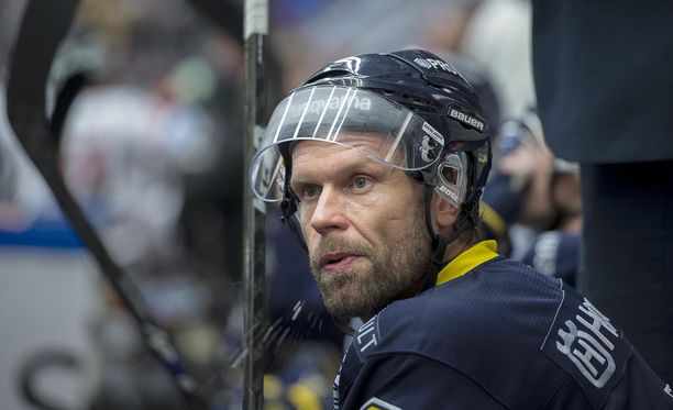 Missä alkoi Jere Karalahden kesken jäänyt NHL-ura?