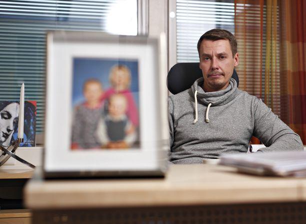Lapsiasiavaltuutettuna viisivuotisen kauden toiminut Kurttila siirtyy seuraavaksi Helsingin Ensikoti ry:n toiminnanjohtajaksi.
