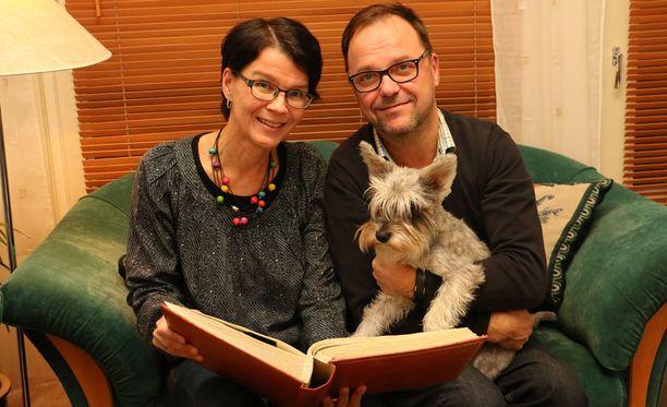 Mirja ja Markus Aalto tapaavat tänään tyttärensä parin kuukauden tauon jälkeen.