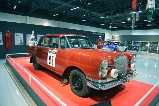 Näyttelytilat ovat siistit ja valoisat. Mobiliassa jo aiemmin ollut kansainvälinen Rally Hall of Fame on nyt osa Rallimuseota.