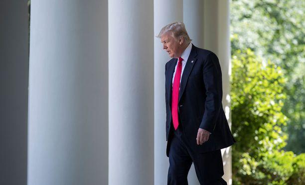 Donald Trump ilmoitti Yhdysvaltojen hylkäävän ilmastosopimuksen Valkoisen talon puutarhassa torstaina.