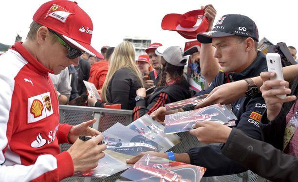 Kimi Räikkösen nimmarit ovat suosittuja F1-fanien keskuudessa.