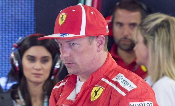 Kimi Räikkönen joutuu lähtemään Kanadan GP:hen vasta kolmannesta rivistä.