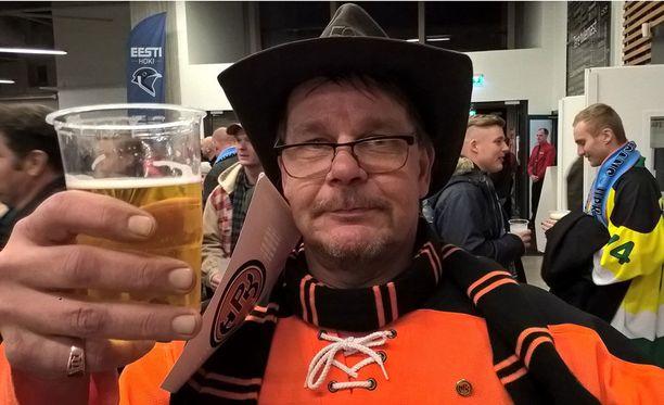 - Onhan kuusi euroa melkoinen hinta oluelle, Kai Norr kokee.