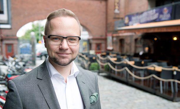 Kansanedustaja Olli-Poika Parviainen (vihr).