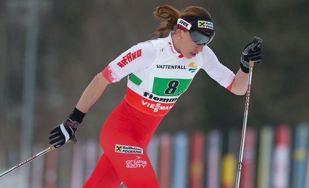 Justyna Kowalczyk sai kuraa niskaansa norjalaistalliin siirtymisestä.