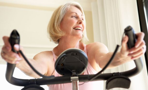 90 sekunnin mittaiset tehopyrähdykset kuntopyörällä vahvistivat sydäntä enemmän kuin pitkäkestoisempi treeni.