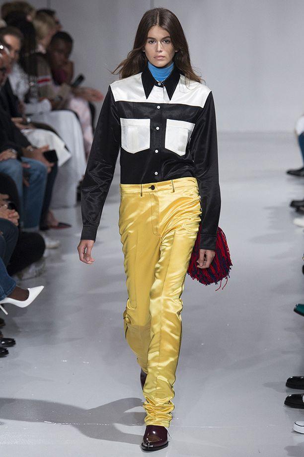 Kaian ensimmäinen työkeikka muotiviikoilla oli Calvin Kleinin näytöksessä.