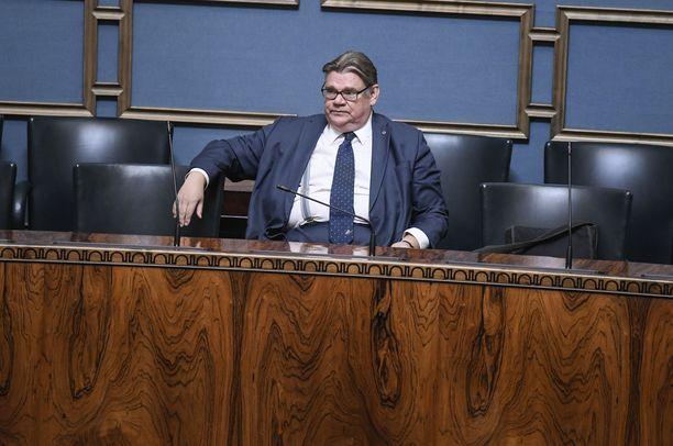 Timo Soinin luottamuksesta äänestetään perjantaipäivällä eduskunnassa.